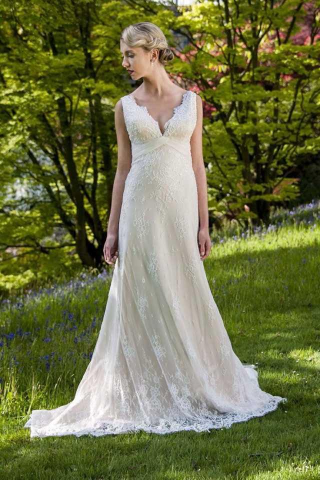 Augusta Jones | Designer Wedding Gown For Just £200 | Bridal Village ...